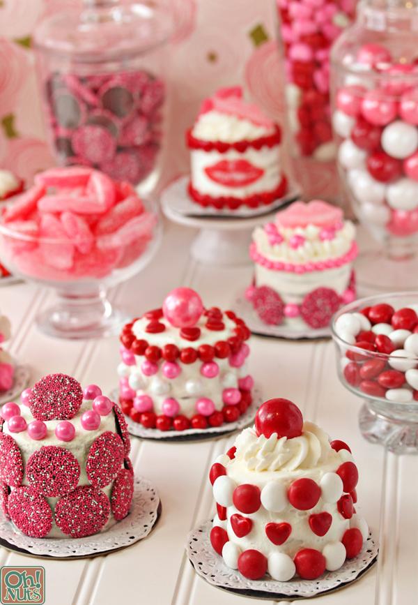 Valentines-day-mini-cakes-10