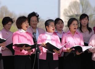 Singing-Synchronizes-Heart-Beats-Of-Choir-Members
